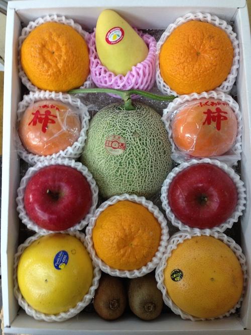 果物詰め合わせ