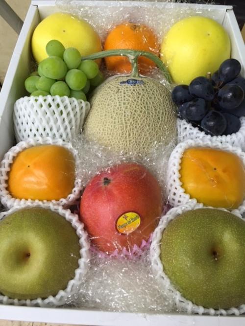 高級果物詰合せ